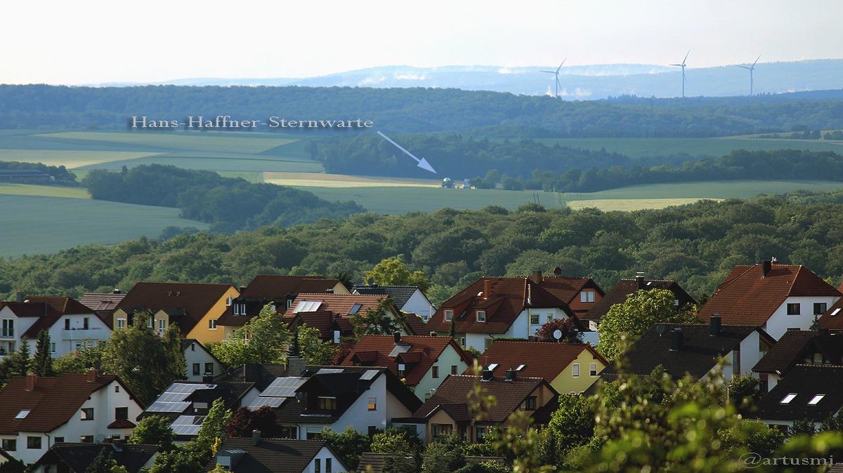 Drillinge besuchen Hans-Haffner-Sternwarte bei Hettstadt