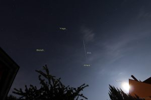 Dritter Überflug der ISS am 6. Juni 2015 um 01:27 Uhr am Südosthimmel