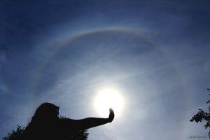 Mäggi im 22°-Ring um die Sonne - 17. Juni 2015 um 16:44 Uhr