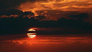 Grandioser Sonnenuntergang am 18. Juli 2015 um 21:04 Uhr