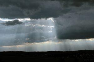 Wolkenstrahlen am 19. August 2014 um 18:28 Uhr