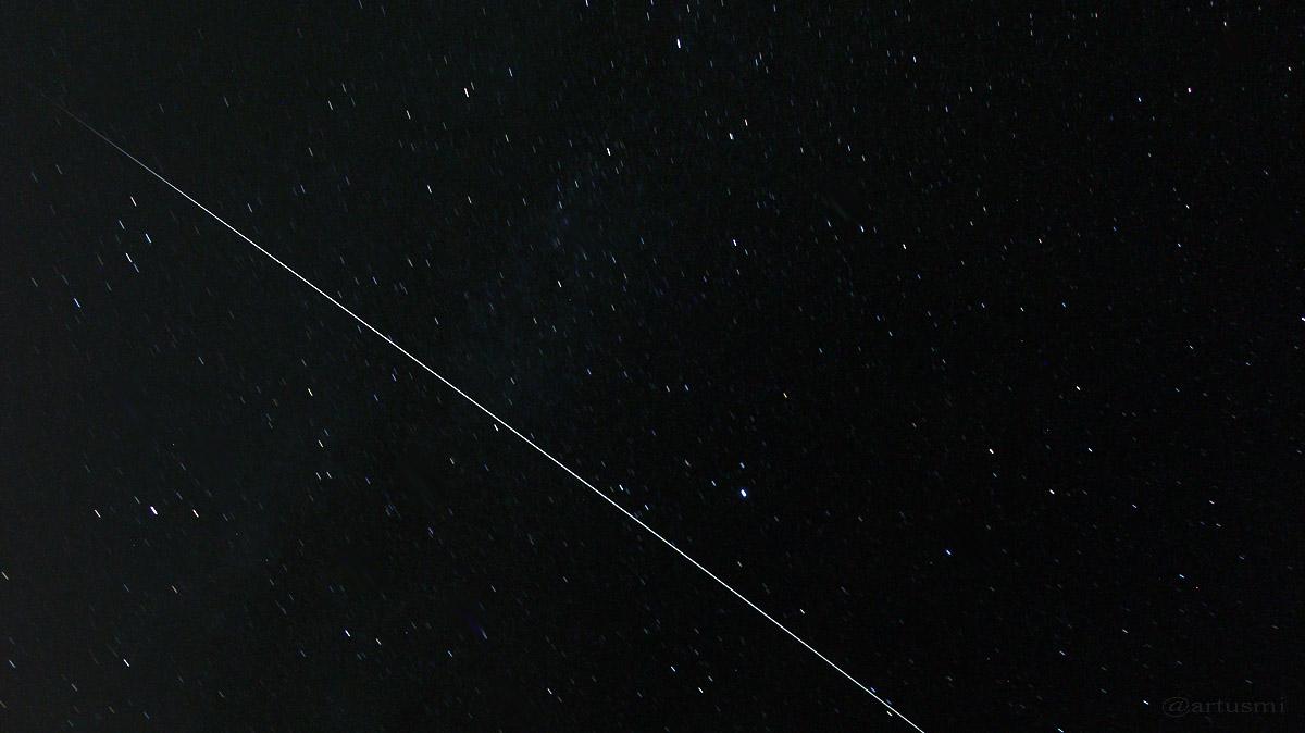 Strichspur der ISS am 11. August 2015 um 22:50 Uhr
