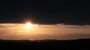 Tiefstehende Sonne am 12. September 2012 um 19:10 Uhr