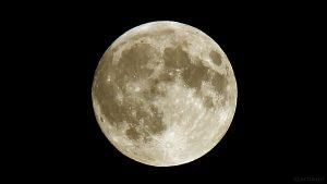 Der Mond am 27. September 2015 um 20:35 Uhr
