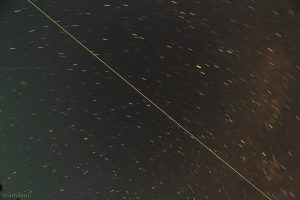 Strichspur des Überflugs der ISS am 11. August 2012 von 22:07 Uhr bis 22:13 Uhr