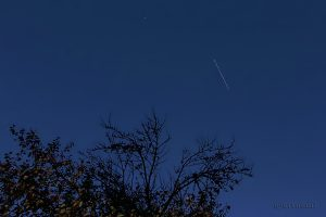 Strichspur der ISS vom 24. Oktober 2013 um 18:53 Uhr