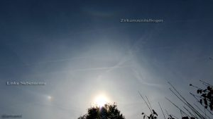 Linke Nebensonne am 22°-Ring und Zirkumzenitalbogen am 12. Oktober 2015 um 15:33 Uhr