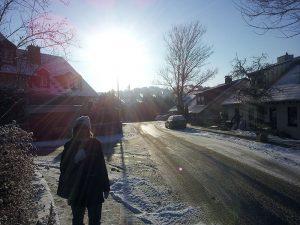 Tiefstehende Wintersonne am 8. Dezember 2012 um 09:54 Uhr
