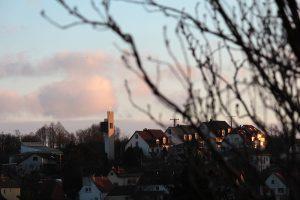 Licht und Schatten während des Sonnenuntergangs am 2. Januar 2013 um 15:59 Uhr