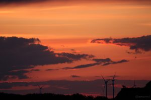 Dämmerung mit Abendrot am 20. Mai 2015 um 21:07 Uhr