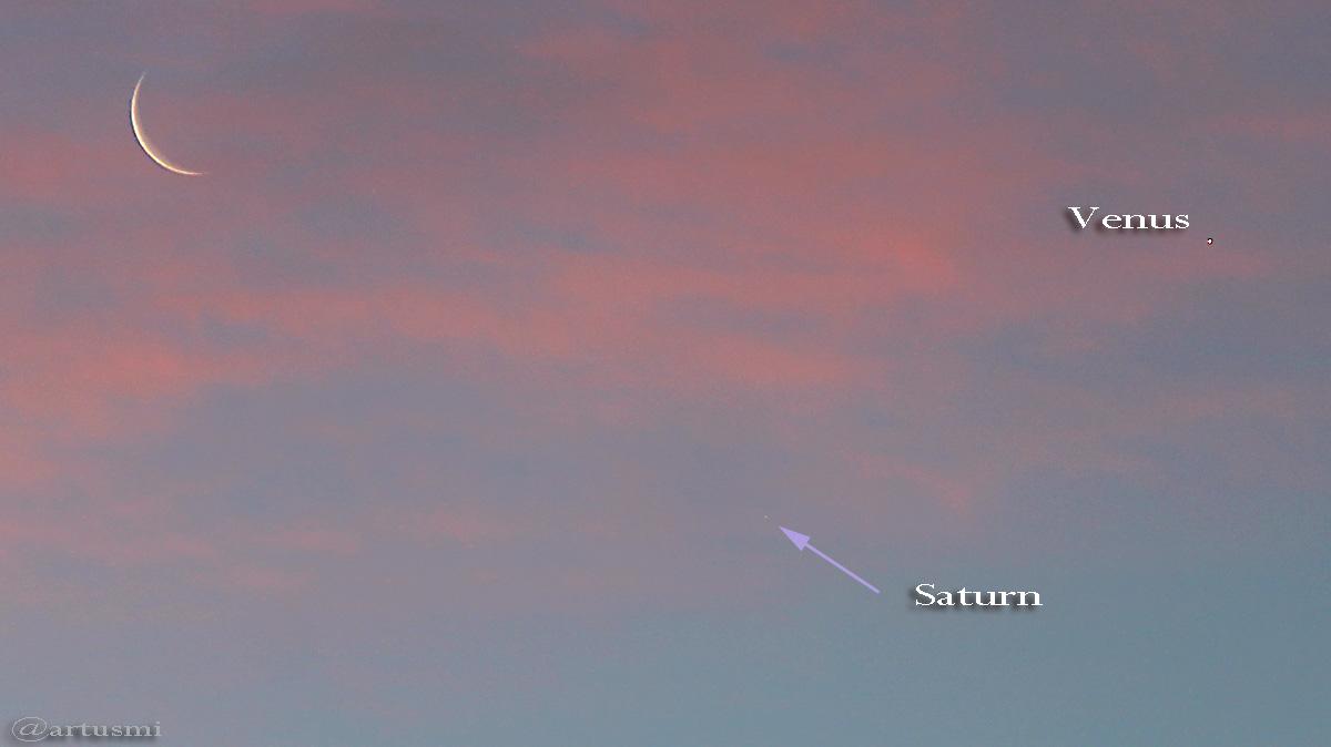 Mond, Saturn und Venus nach Sonnenaufgang
