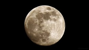 Zunehmender Mond am 20. April 2016 um 21:02 Uhr