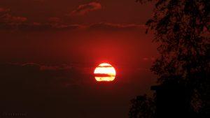 Sonnenuntergang am 1. Mai 2016 um 20:18 Uhr