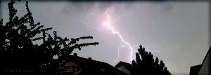 Erdblitz während Gewitter am 13. Mai 2016 um 16:15 Uhr