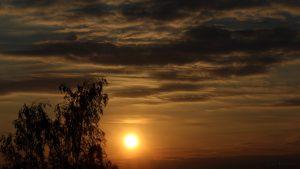 Sonnenuntergang am 17. Mai 2016 um 20:36 Uhr