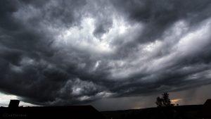 Unwetter im Anmarsch am 14.06.2016 um 19:52 Uhr