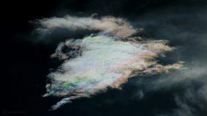 Irisierende Wolken am 17. Juni 2016 um 19:52 Uhr
