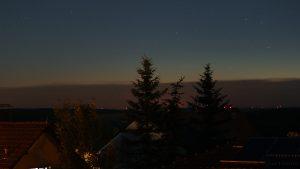 Nordwesthimmel am 23. Juni 2016 um 23:59 Uhr