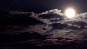 Die Sonne am 4. Juli 2016 um 20:21 Uhr