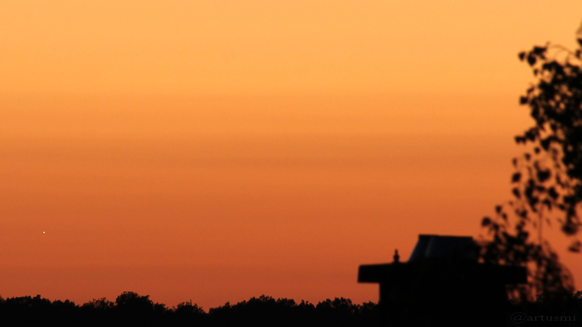 Venus am 7. August 2016 um 21:27 Uhr am Westhorizont