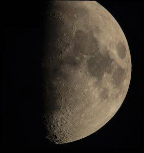 Mondkomposit vom 29. Mai 2012 um 21:40 Uhr