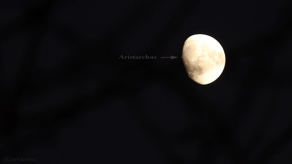 Zunehmender Mond am 10. Dezember 2016 um 16:44 Uhr