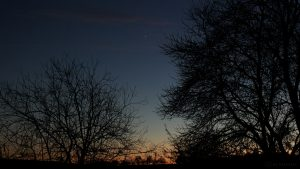Venus als Abendstern am Südwesthimmel - 10. Dezember 2016, 17:04 Uhr