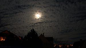 Mondnacht am 10. Dezember 2016 um 19:03 Uhr