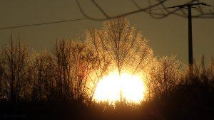 Untergehende Sonne am 30. Dezember 2016 um 15:57 Uhr
