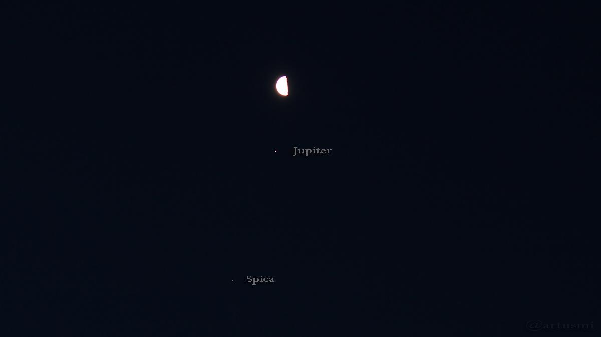 Mond, Jupiter und Spica am 19. Januar 2017 um 07:29 Uhr