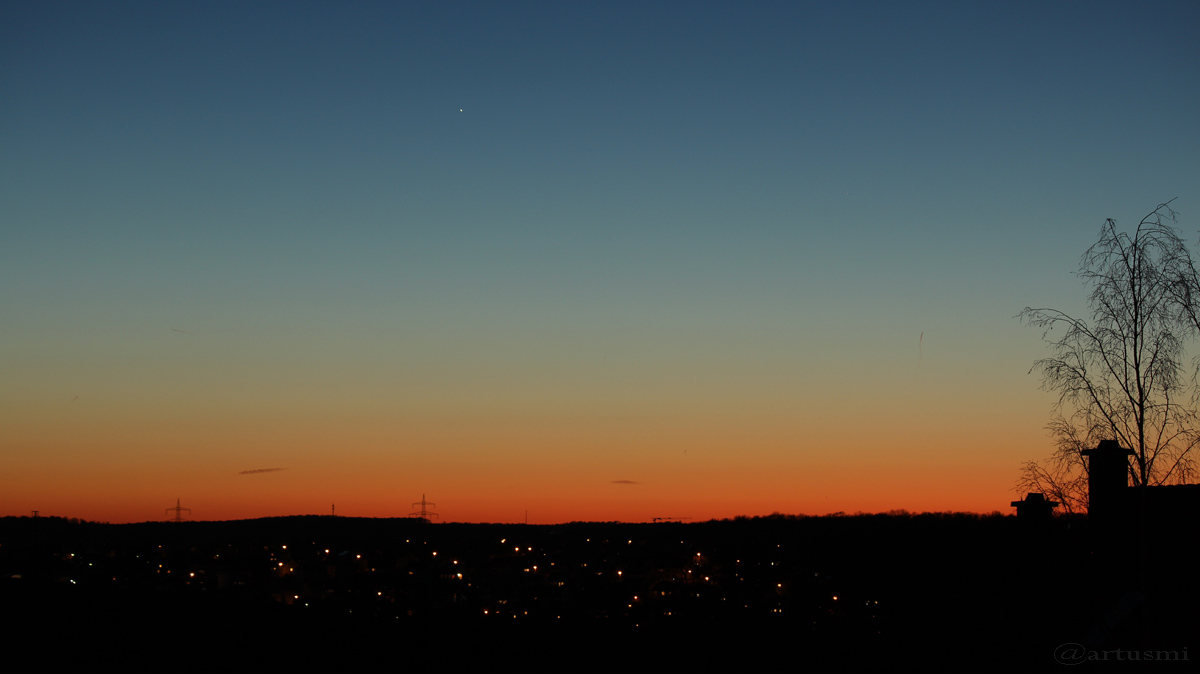 Merkur und ISS am Abendhimmel