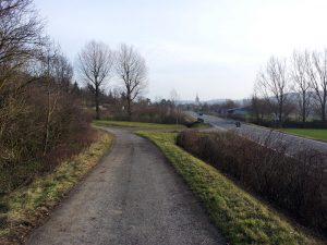 Anfahrt zum Panorama-Höhenweg bei Kleinochsenfurt