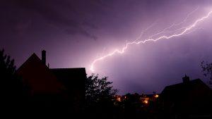 Blitze während des Gewitters am 19. Mai 2017 um 02:50 Uhr