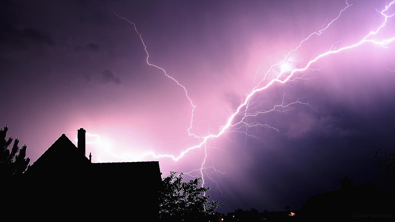 Blitze während des Gewitters am 19. Mai 2017 um 02:55 Uhr