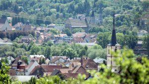 Blick vom Panoramahöhenweg auf Kleinochsenfurt