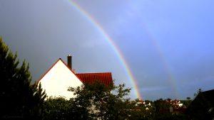 Regenbogen am 9. Juni 2017 um 20:49 Uhr