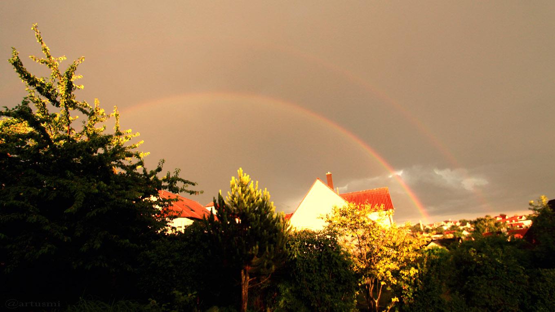 Regenbogen während Gewitter am 6. Juli 2017 um 20:39 Uhr