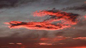 Wolken im Abendrot am 10. Juli 2017 um 21:40 Uhr