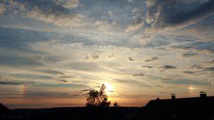 Sonne mit Nebensonnen am 15. Juli 2017 um 20:43 Uhr