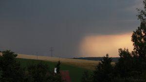Schweres Gewitter nähert sich von Südwesten - 19. Juli 2017 um 19:52 Uhr