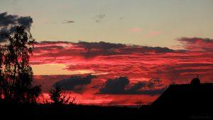 WNW-Himmel mit Abendrot am 3. August 2017 um 21:17 Uhr