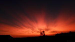 Nach dem Sonnenuntergang am 21. August 2017 um 20:45 Uhr