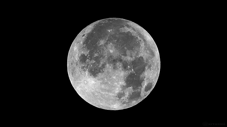 Vollmond am 6. September 2017 um 04:33 Uhr mit randnahem Mare Crisium