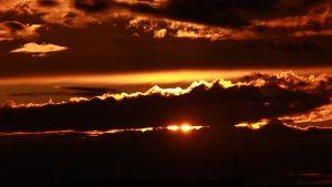 Sonnenuntergang am 9. September 2017 um 19:36 Uhr hinter Wolken