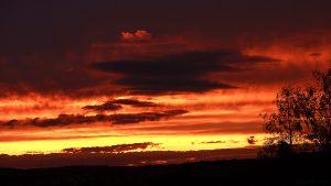 Sonnenuntergang am 9. September 2017 um 19:42 Uhr hinter Wolken