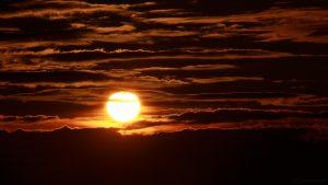 Untergehende Sonne am 19. September 2017 um 19:07 Uhr