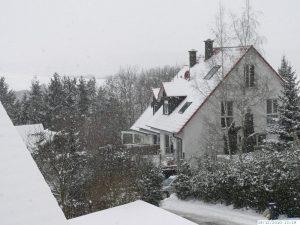 Winter mit sehr viel Schnee in Eisingen am 19. Dezember 2010