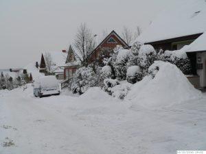 Winter mit sehr viel Schnee in Eisingen am 26. Dezember 2010