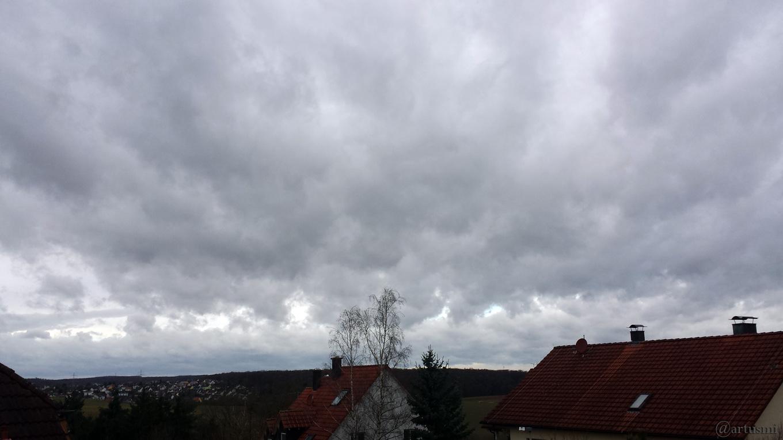 """Sturmtief """"Burglind"""" fegt über Mainfranken"""