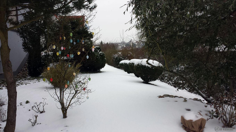 Unser schneebedeckter Garten am 20. März 2018 um 15:55 Uhr